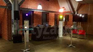 DJ set booth lampen TV huren