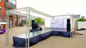 podium catwalk modeshow evenement