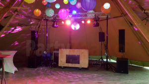 PartyZaan DJ show drive in