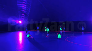 Glow hockey in opblaashal
